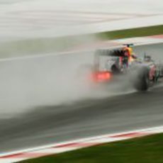 Webber sobre mojado en Turquía 2011