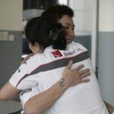 Abrazo por un séptimo puesto en el GP de Malasia 2011