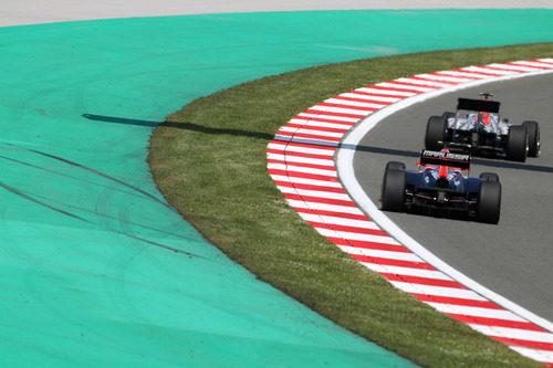 Un Hispania por delante de un Virgin en el GP de Turquía 2011