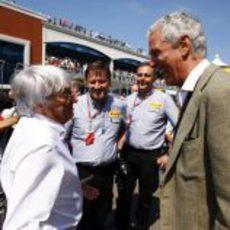 Bernie Ecclestone y Marco Tronchetti en el GP de Turquía 2011