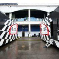 Camiones de Hispania en el GP de Turquía 2011