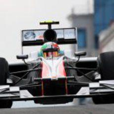 Liuzzi durante la segunda sesión de libres del GP de Turquía 2011