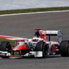 Karthikeyan durante la clasificación del GP de Turquía 2011