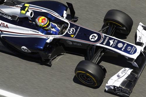 Maldonado durante la sesión de prácticas del GP de España 2011