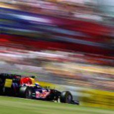 Webber logra la 'pole' en Montmeló