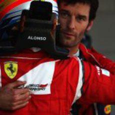 Alonso felicita a Webber por su 'pole' en el GP de España 2011