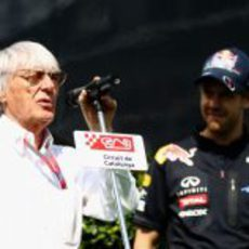 Bernie Ecclestone dedica unas palabras a Sebastian Vettel en Montmeló
