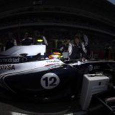 El monoplaza de Maldonado antes de tomar la salida del GP de España