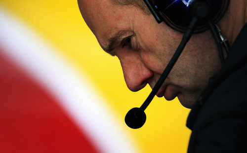 Newey pensativo en el GP de España 2011