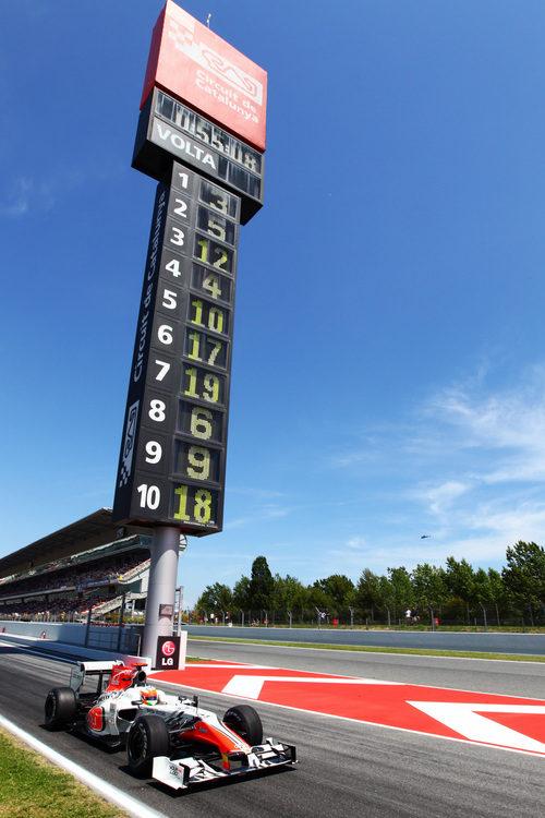 Karthikeyan se incorpora a pista en el GP de España 2011