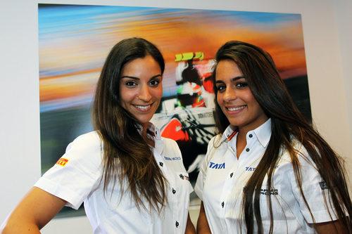 Las azafatas de Hispania en el GP de España 2011