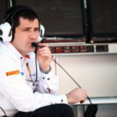 Cuquerella siguiendo la clasificación del GP de España 2011 desde el muro