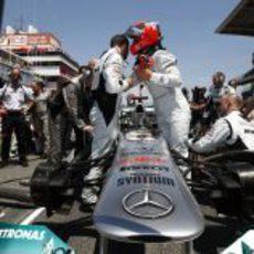 Michael Schumacher en la parrilla del GP de España 2011
