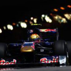 Alguersuari saliendo del túnel de Mónaco
