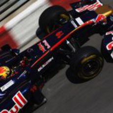 Alguersuari durante los libres del GP de Mónaco 2011
