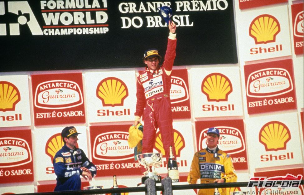 Senna gana el GP de Brasil de 1993