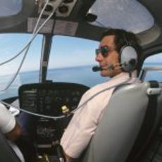 Ayrton Senna también pilotaba helicópteros