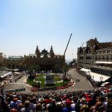Panorámica de la curva del Casino de Montecarlo en Mónaco 2011