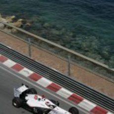 Kobayashi muy cerca del Mediterráneo en el GP de Mónaco 2011