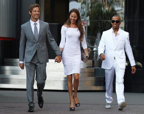 Button, Michibata y Hamilton de punta en blanco en Mónaco 2011