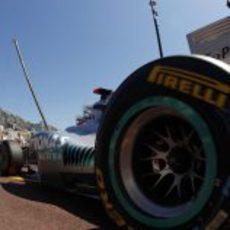 Michael Schumacher en el pitlane de Montecarlo