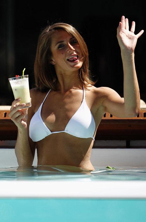 La chica de la piscina en Mónaco 2011