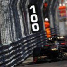 Heidfeld pilota en el claustrofóbico circuito de Montecarlo