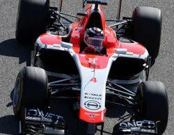 Button cree que Marussia sorprenderá y Abiteboul destaca el avance de Caterham