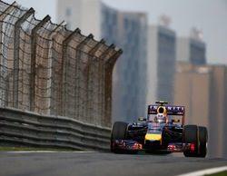 Daniel Ricciardo lidera unos lluviosos Libres 3 con poca actividad en el GP de China 2014