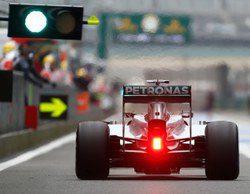 Lewis Hamilton domina y lidera otro doblete de Mercedes en el GP de China 2014