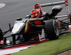 Esteban Ocon rodará junto a Lotus en los Libres 1 del GP de Abu Dabi 2014