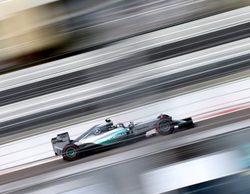 Nico Rosberg le arrebata la pole a Lewis Hamilton en GP de Rusia