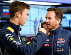 """Christian Horner defiende a Kvyat: """"La carrera en Baréin le habrá devuelto toda la confianza"""""""