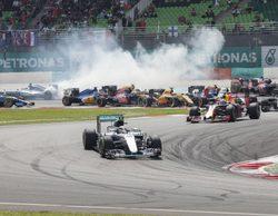 """Lewis Hamilton: """"Escuché que algo había explotado y tuve que parar"""""""