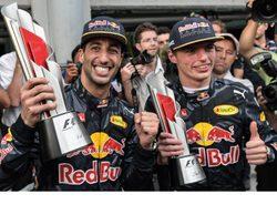 """Daniel Ricciardo: """"Fue una pelea limpia y justa con Max; ambos la disfrutamos"""""""