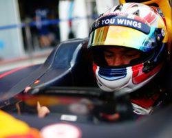 """Horner, contento con los Pirelli de 2017: """"Los tiempos fueron consistentes"""""""