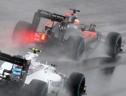 """Fernando Alonso: """"Ha habido poca visibilidad y el drenaje no ha sido ideal"""""""