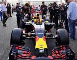 Daniel Ricciardo, bromea: ¡Soy el Campeón del Mundo de los 'mortales'!