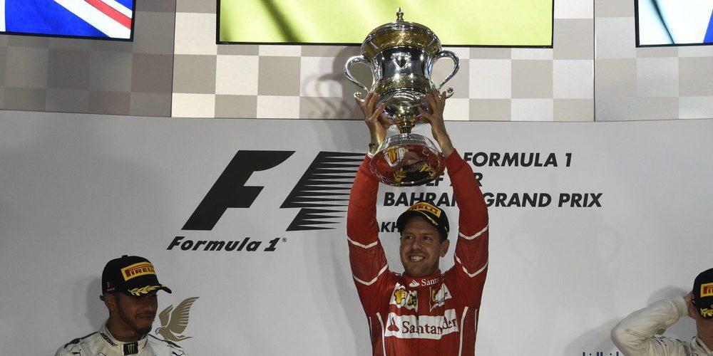 """Sebastian Vettel, eufórico tras la victoria: """"¡Un gran resultado gracias a todo el equipo!"""""""