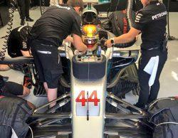 Lewis Hamilton lidera la primera jornada de test en Baréin