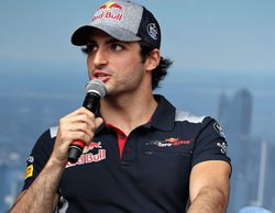 """Carlos Sainz: """"Fue un viernes complicado, tenemos que mejorar para mañana"""""""