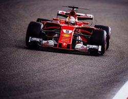 """Sebastian Vettel: """"Me sorprendió lo cerca que podía estar de Lewis durante toda la carrera"""""""