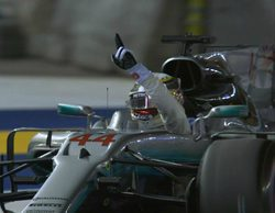 Hamilton sobrevive al caos y le mete 25 puntos a Vettel al ganar el GP de Singapur 2017