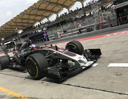 "Romain Grosjean: ""El coche se sintió muy difícil de conducir al principio"""