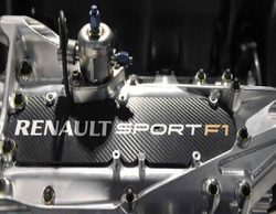Cyril Abiteboul cree que se excedieron buscando potencia y acabaron produciendo un motor poco fiable
