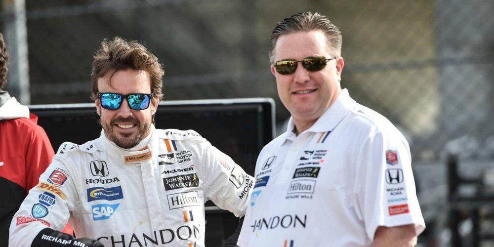 """Zak Brown: """"La diferencia de resultados entre Alonso y Vandoorne es gracias al coche, no al piloto"""""""