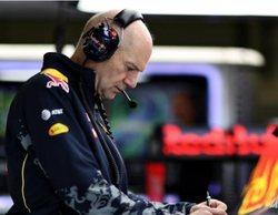 Adrian Newey deja el cargo de director técnico de Red Bull