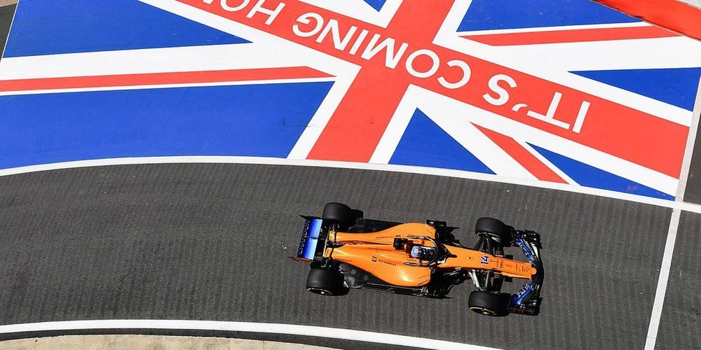 """Alonso, satisfecho con el MCL33 en carrera: """"Hemos de mejorar las prestaciones de los sábados"""""""