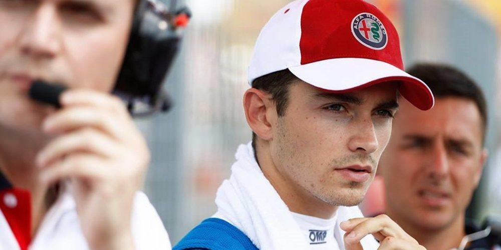 """Leclerc, sobre el accidente de la primera curva en Spa: """"Estoy feliz de haber tenido el halo"""""""