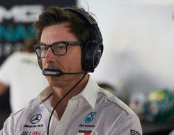"""Toto Wolff, sobre Ocon: """"Williams tiene que elegir quién cree que es el mejor piloto para su equipo"""""""